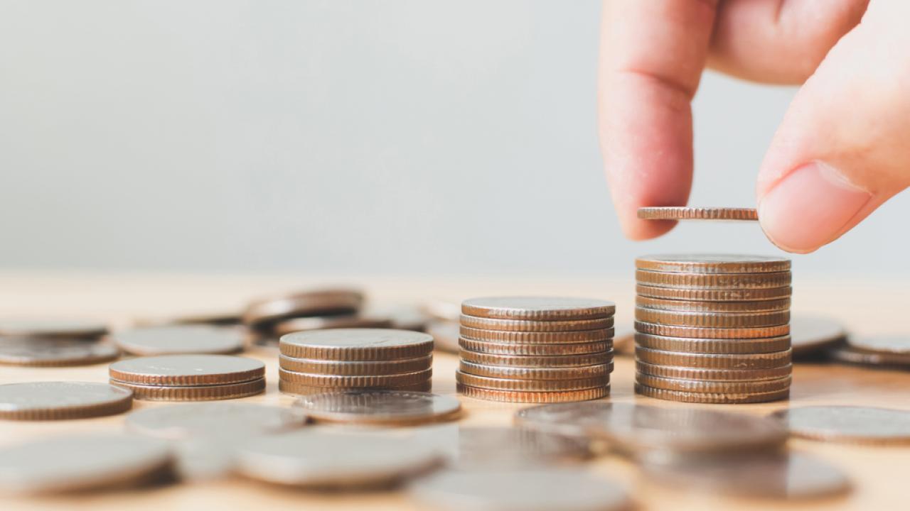 Много ли мы тратим на соцрасходы?