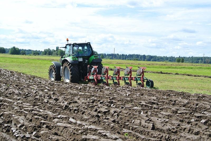 Фермеров в период весенних полевых работ обеспечат всем необходимым