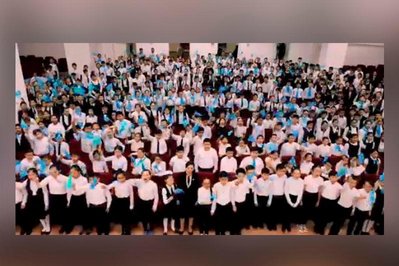 Павлодар оқушылары «Мен қазақпын» челленджін бастады