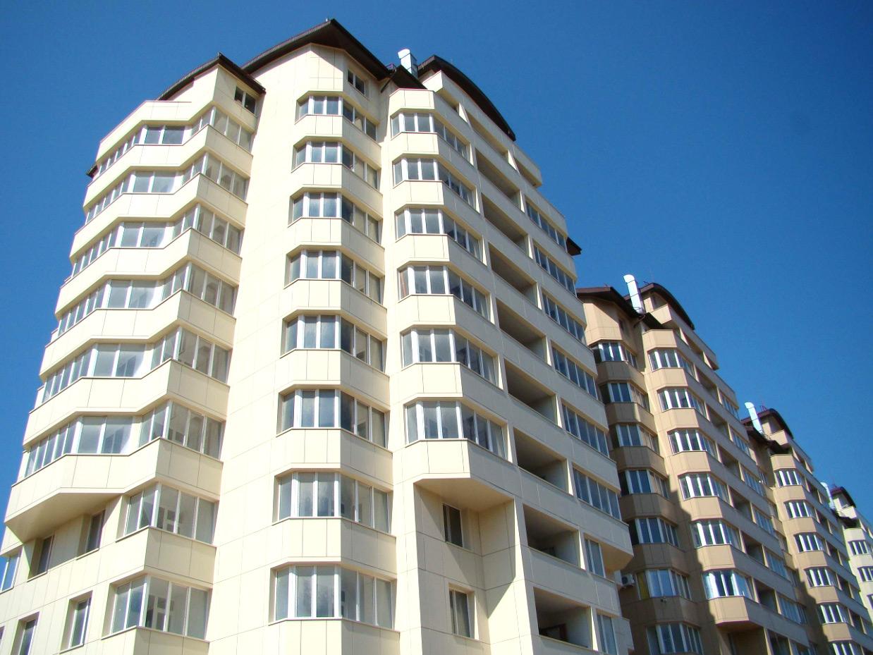 714 многодетных семей в Казахстане получили жилье