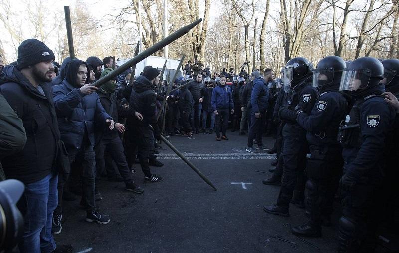 «Военные не справляются» – казахстанец о погромах в США