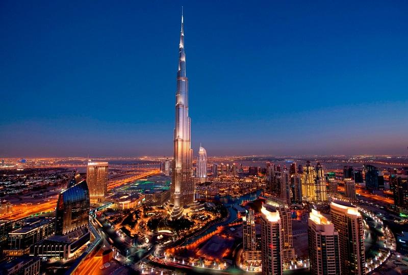 Эксперты рекомендуют приостановить строительство новых зданий в Дубае