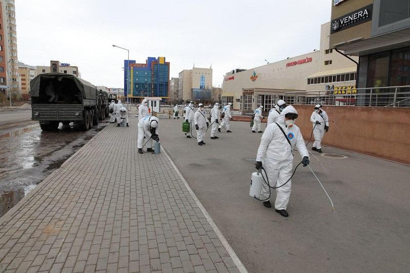 В городах Казахстана началась дезинфекция