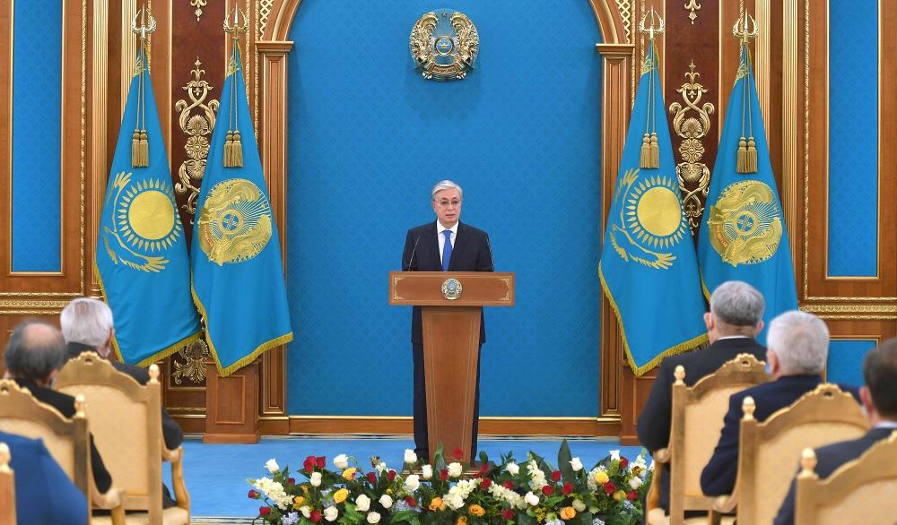 Касым-Жомарт Токаев принял участие в торжественной церемонии вручения государственных наград и премий