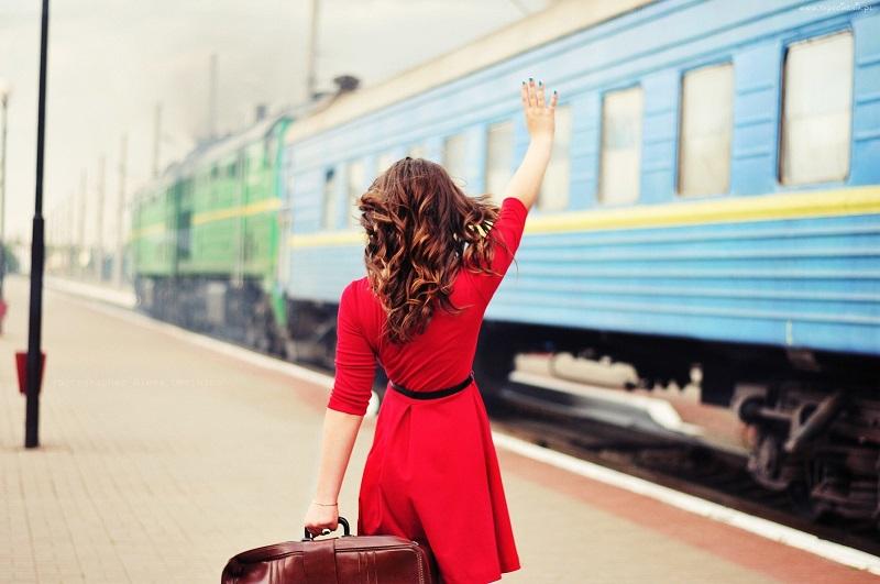 Количество людей, покинувших Казахстан, сократилось на 12% за год