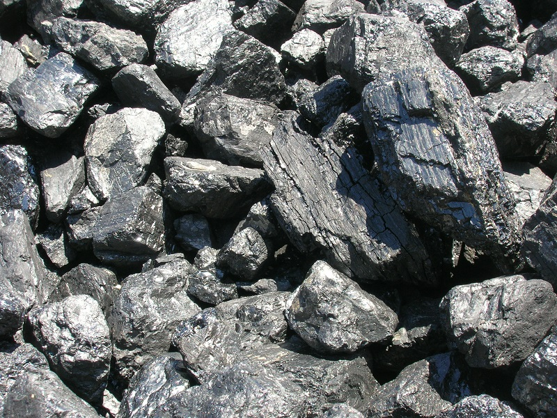 Цены на уголь посредники увеличивают в 3-4 раза