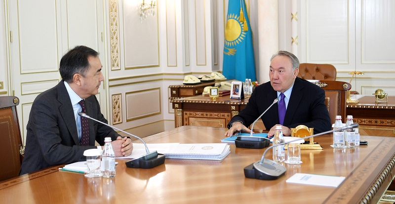Назарбаев призвал акима Алматы решать проблемы города на системной основе