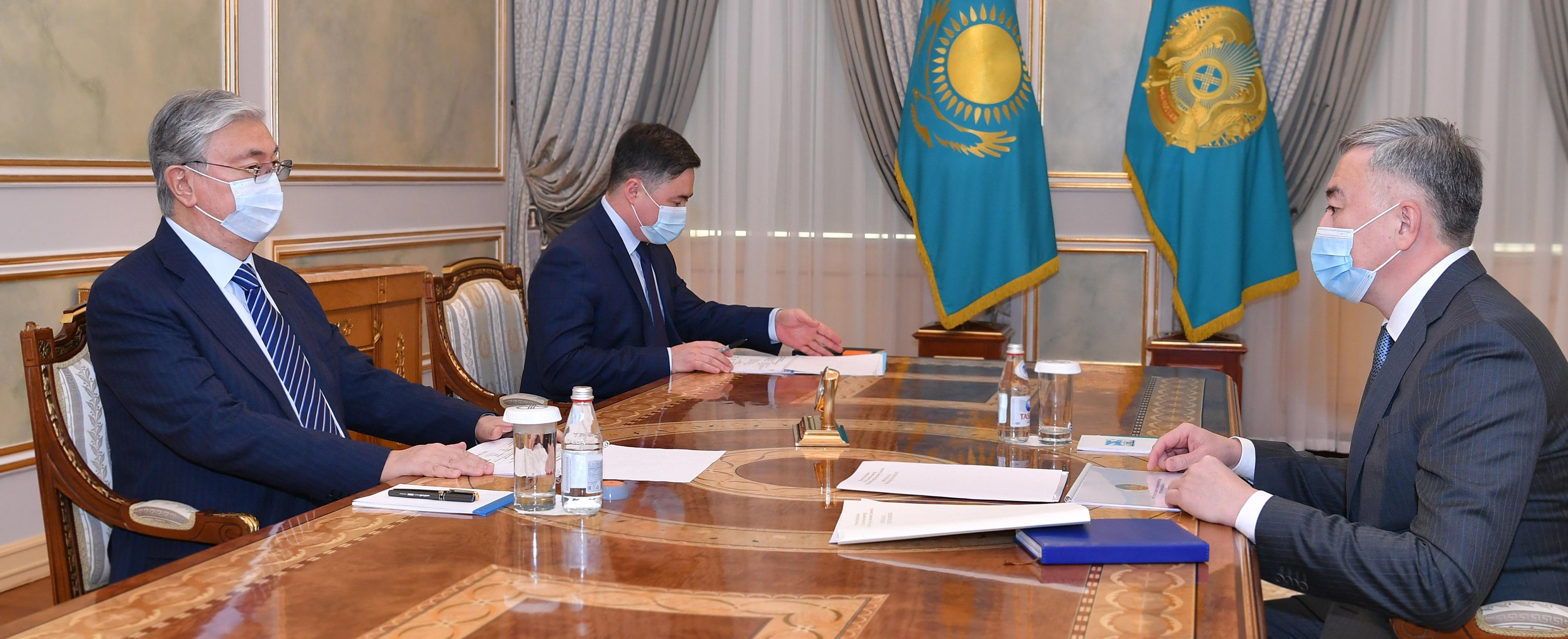 Глава государства принял председателя агентства по защите и развитию конкуренции