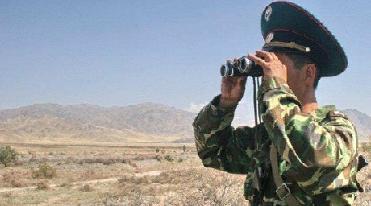 Киргизские пограничники открыли огонь по нарушителям на границе с Казахстаном
