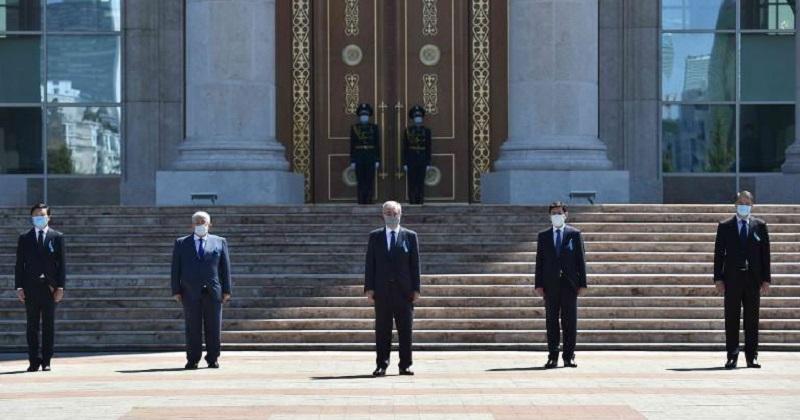 Касым-Жомарт Токаев почтил память жертв COVID-19