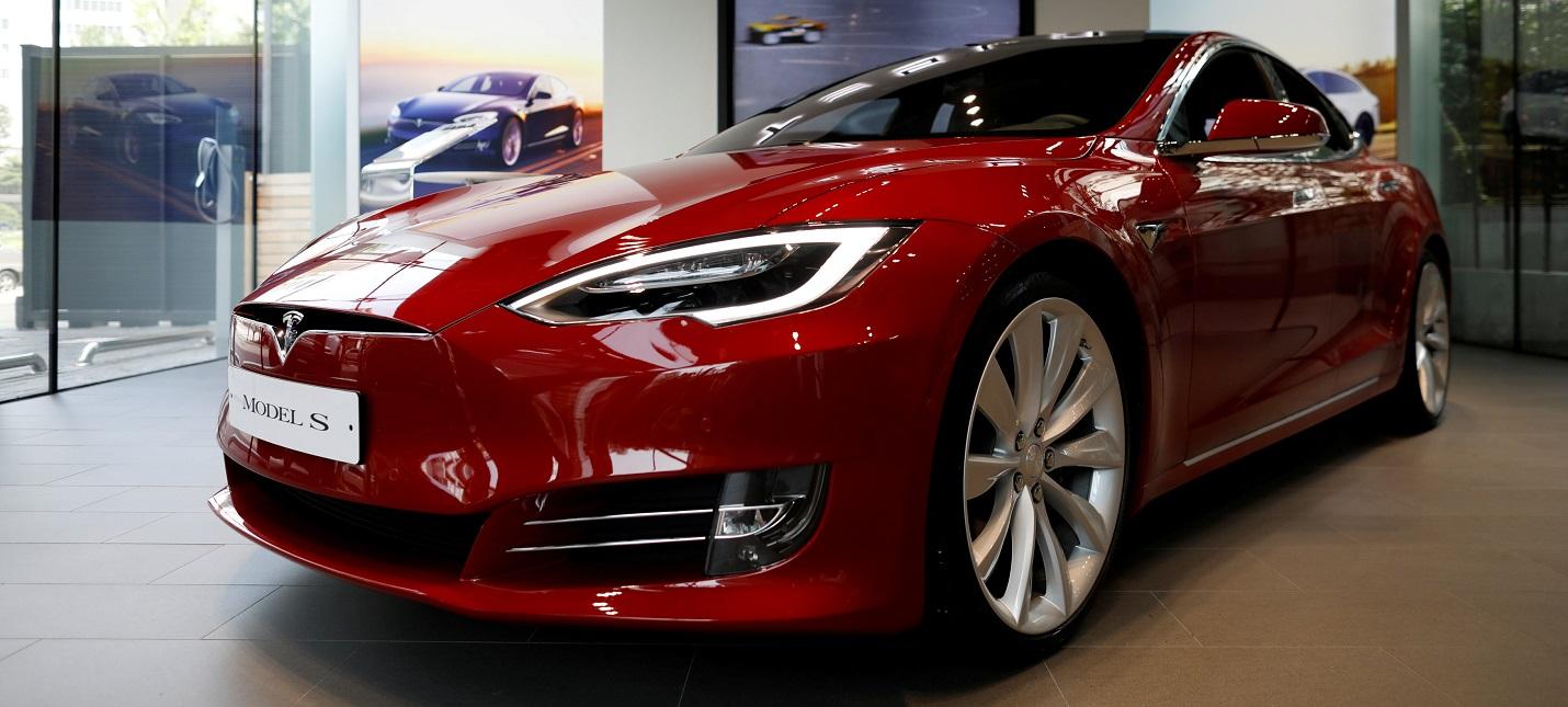 Tesla объявила о снижении цен на все свои модели автомобилей на $2 тыс.