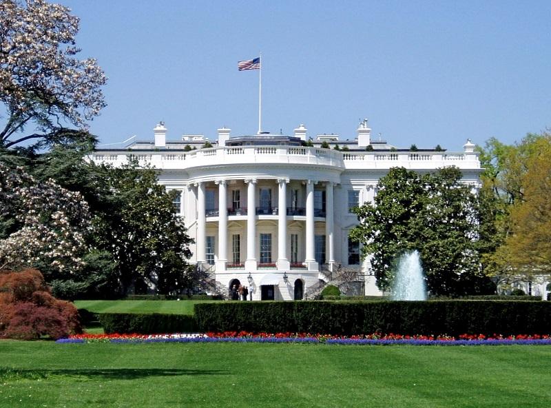 Белый дом: коронавирусом заразились 34 сотрудника