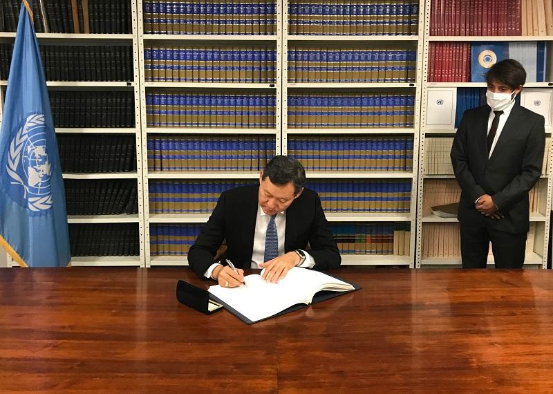 Казахстан присоединился к международному протоколу об отмене смертной казни