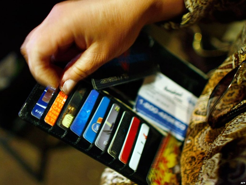 В Казахстане растет значимость платежных карт локальных систем