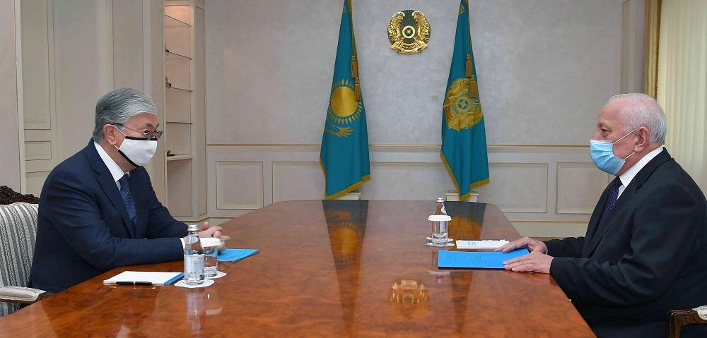 Касым-Жомарт Токаев отметил важность научного сопровождения деятельности отечественных производителей