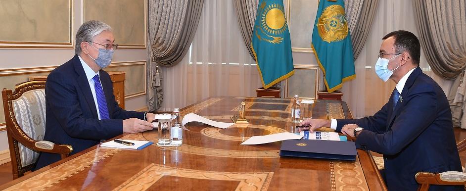 Касым-Жомарт Токаев принял Председателя Сената Парламента Маулена Ашимбаева