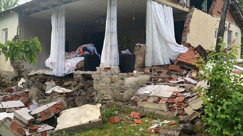 Землетрясение в Турции: есть пострадавшие
