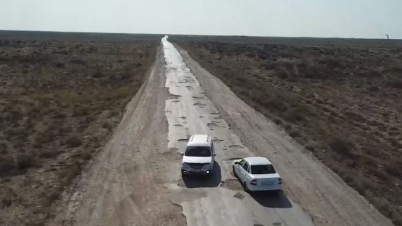 Сенаторы потребовали отремонтировать дороги в Атырауской области