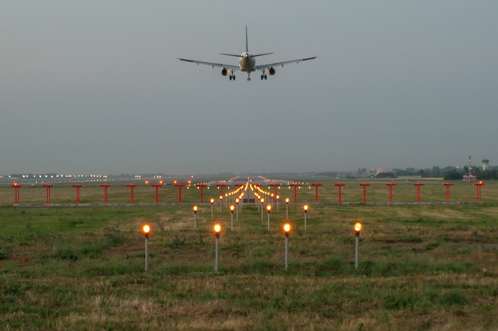 Стало известно, из-за чего произошел авиаинцидент с самолетом Air Astana