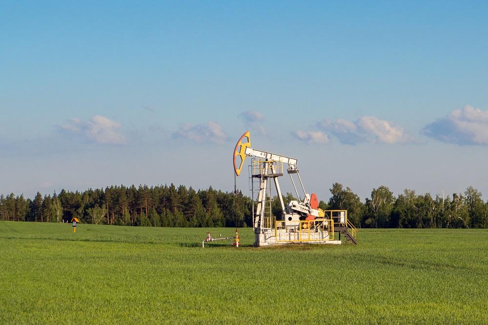 Цены на нефть снижаются, Brent торгуется на уровне $34,96 за баррель