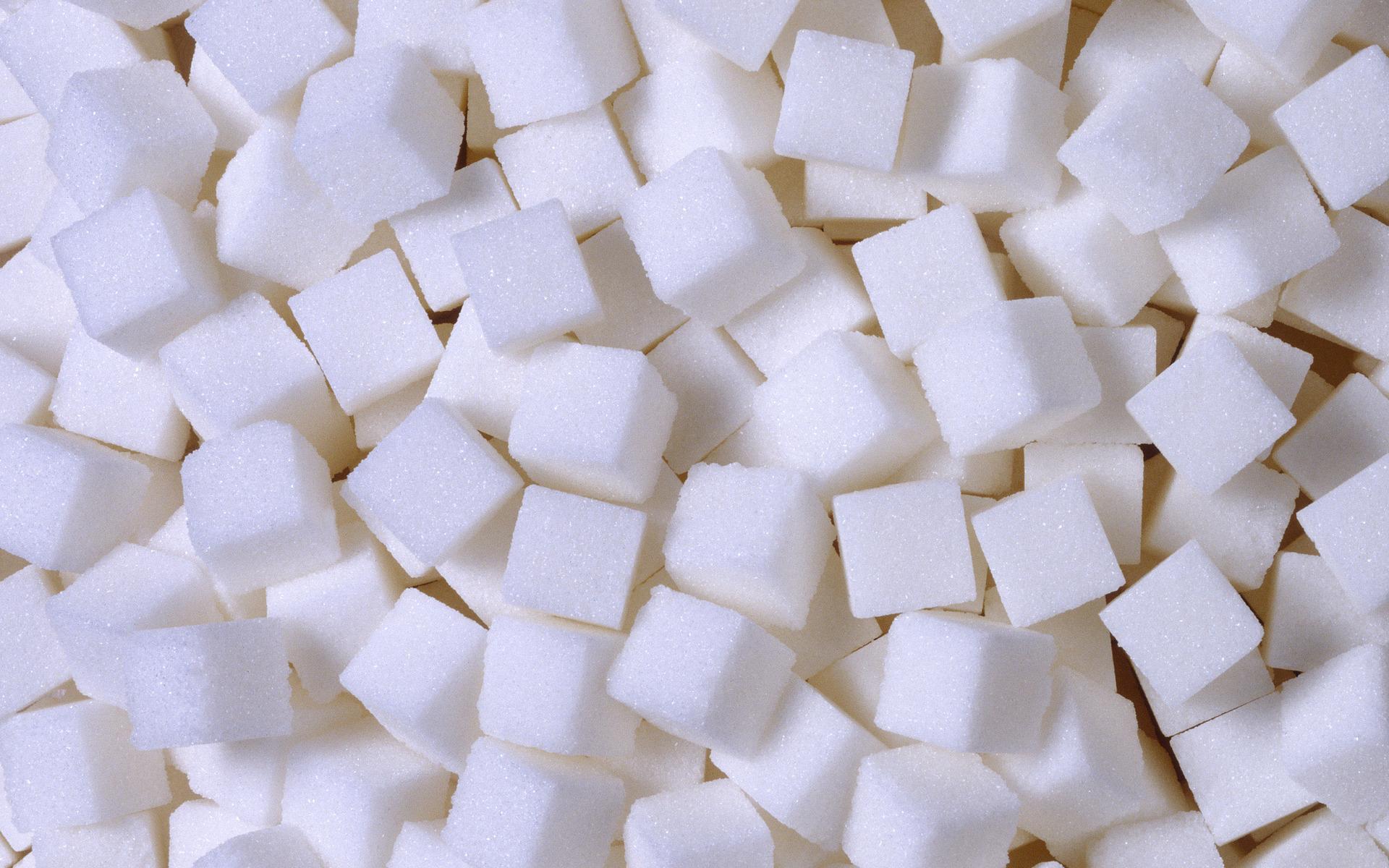Казахстан ввел льготы на сахар из-за повышения цен на российскую продукцию - Минфин