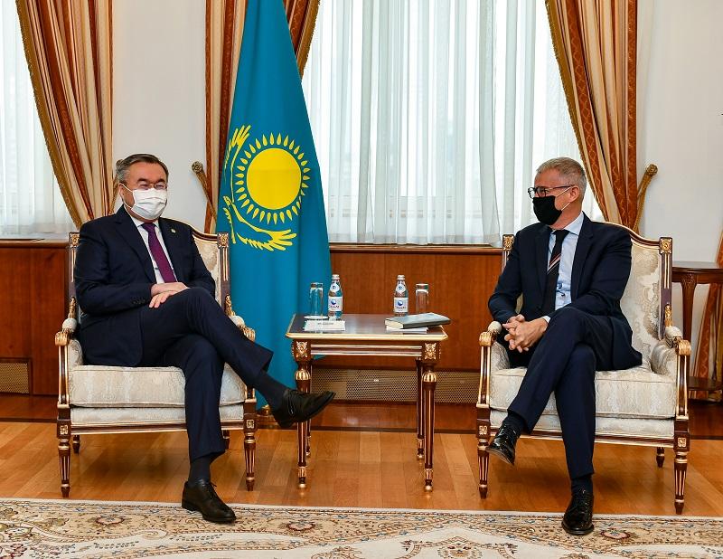 Посол Франции завершил свою миссию в Казахстане