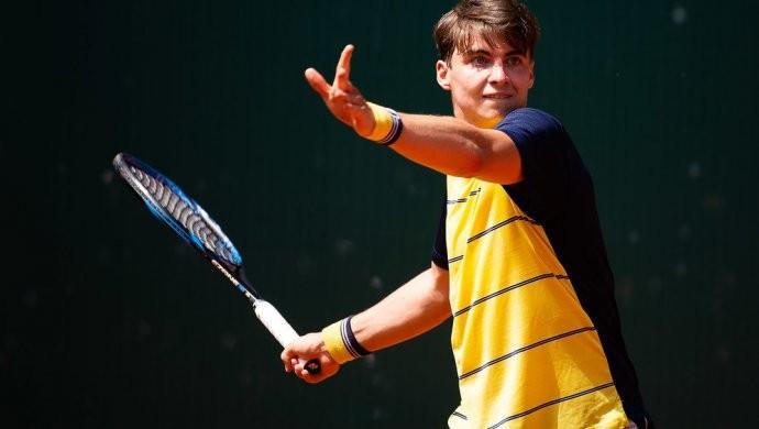 Казахстанский теннисист вышел в финал в Испании