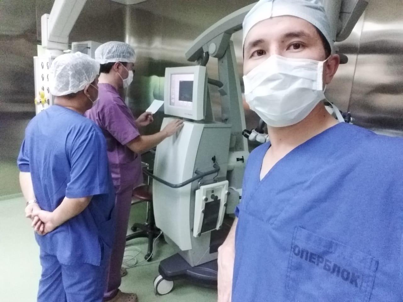 Врачи Туркестанской области провели уникальную операцию беременной пациентке