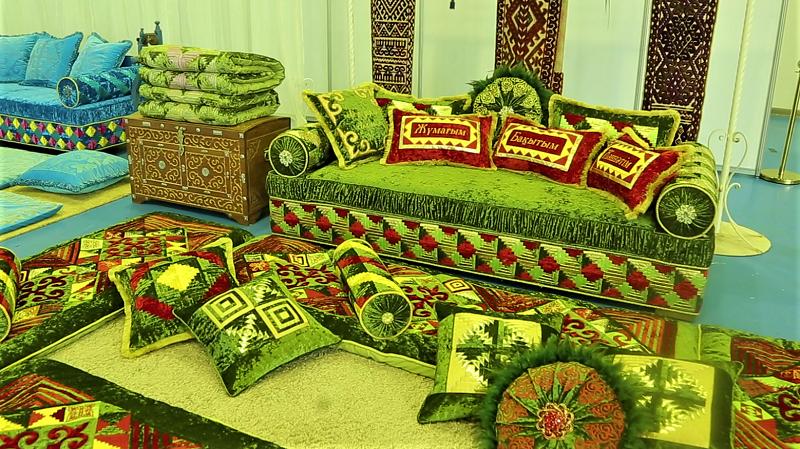 Казахские корпе в Лондоне стоят несколько тысяч долларов