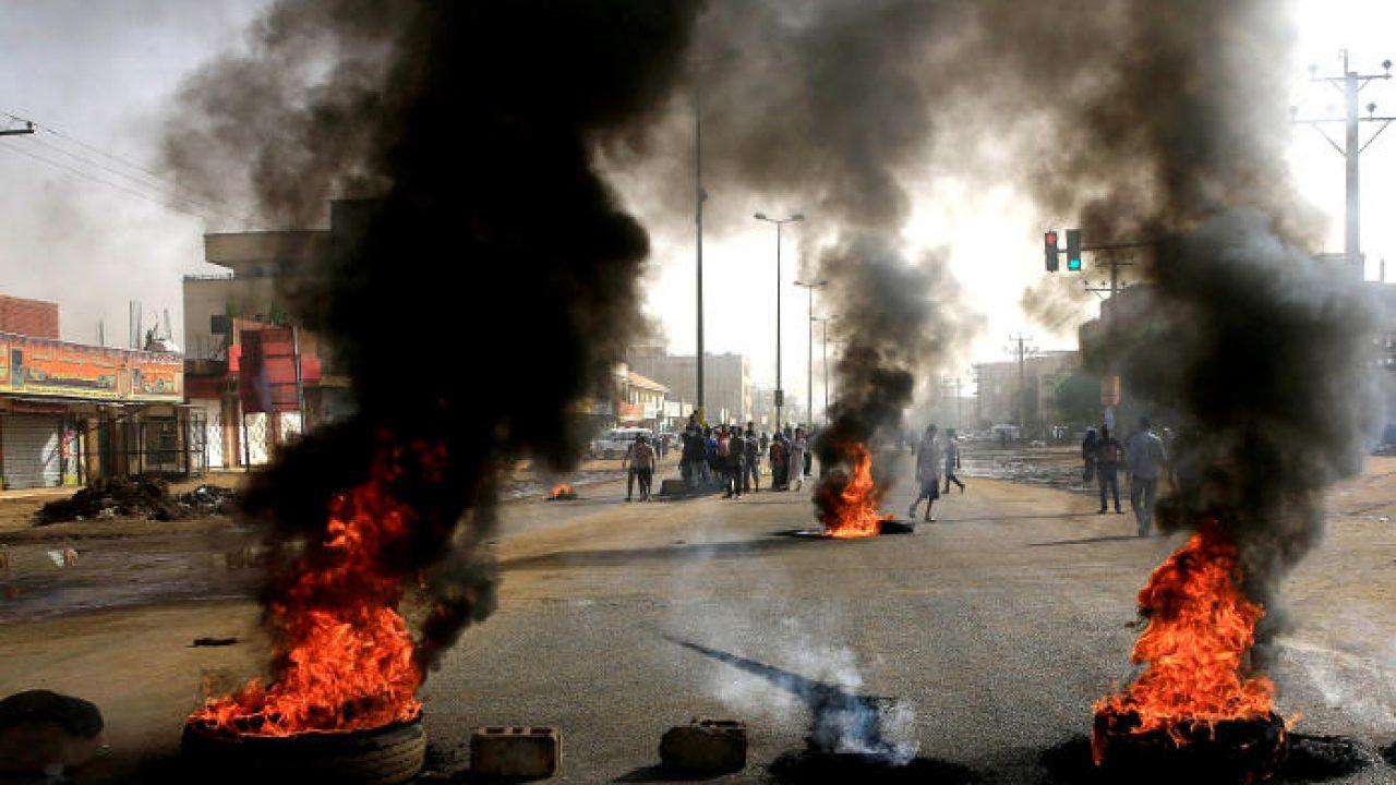 Число погибших в результате разгона протестов в Судане увеличилось до 60 человек