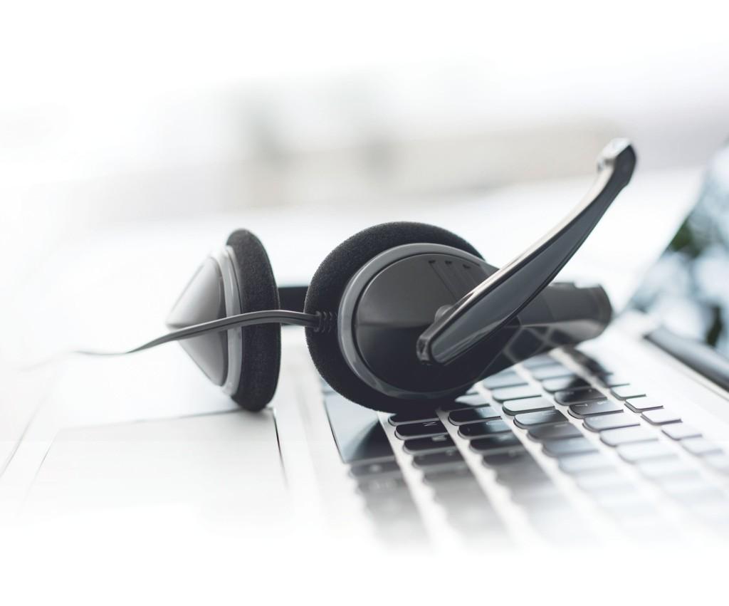 Во время ЧП контакт-центр 1414 отвечает на 600 тысяч звонков в день