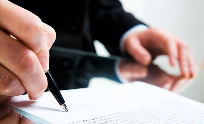 Минтруда предлагает перевести в е-формат все трудовые договоры