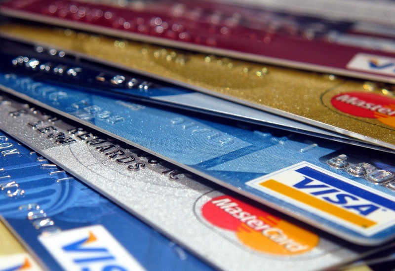 Казахстан покоряют кредитные карты