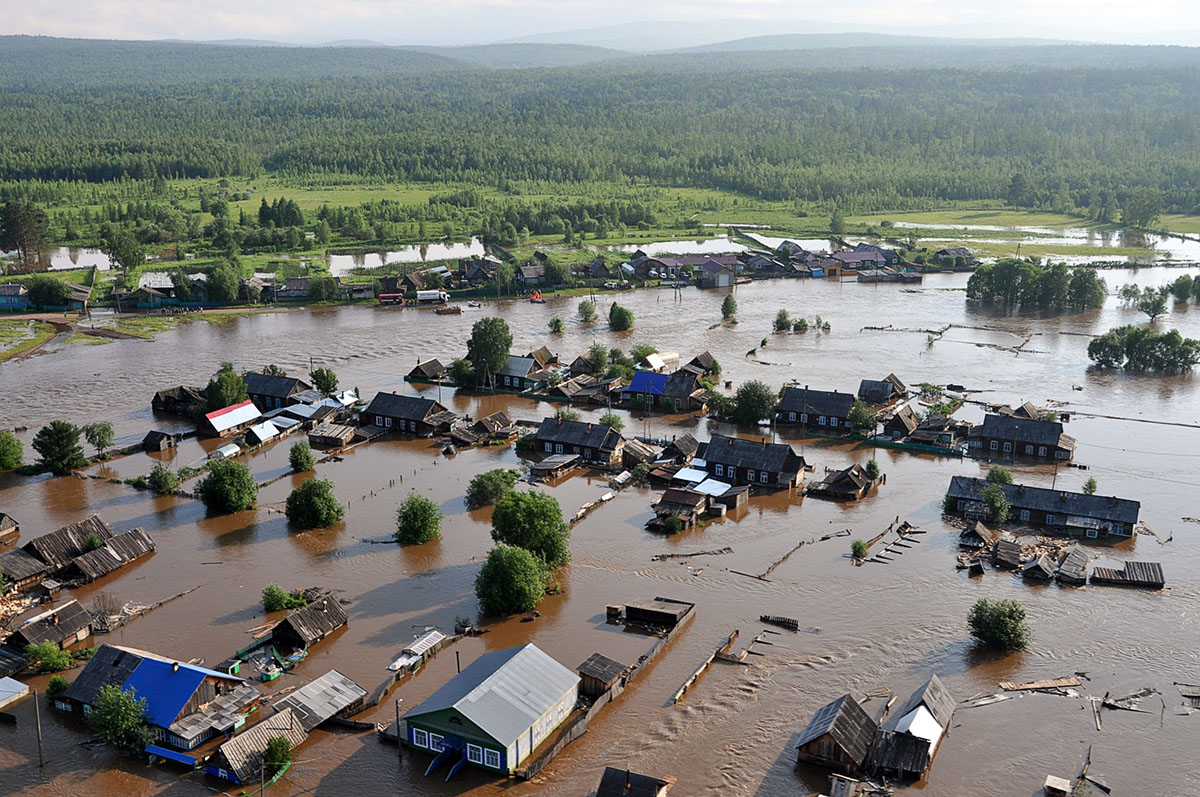 Из-за наводнения в Иркутской области эвакуируют людей
