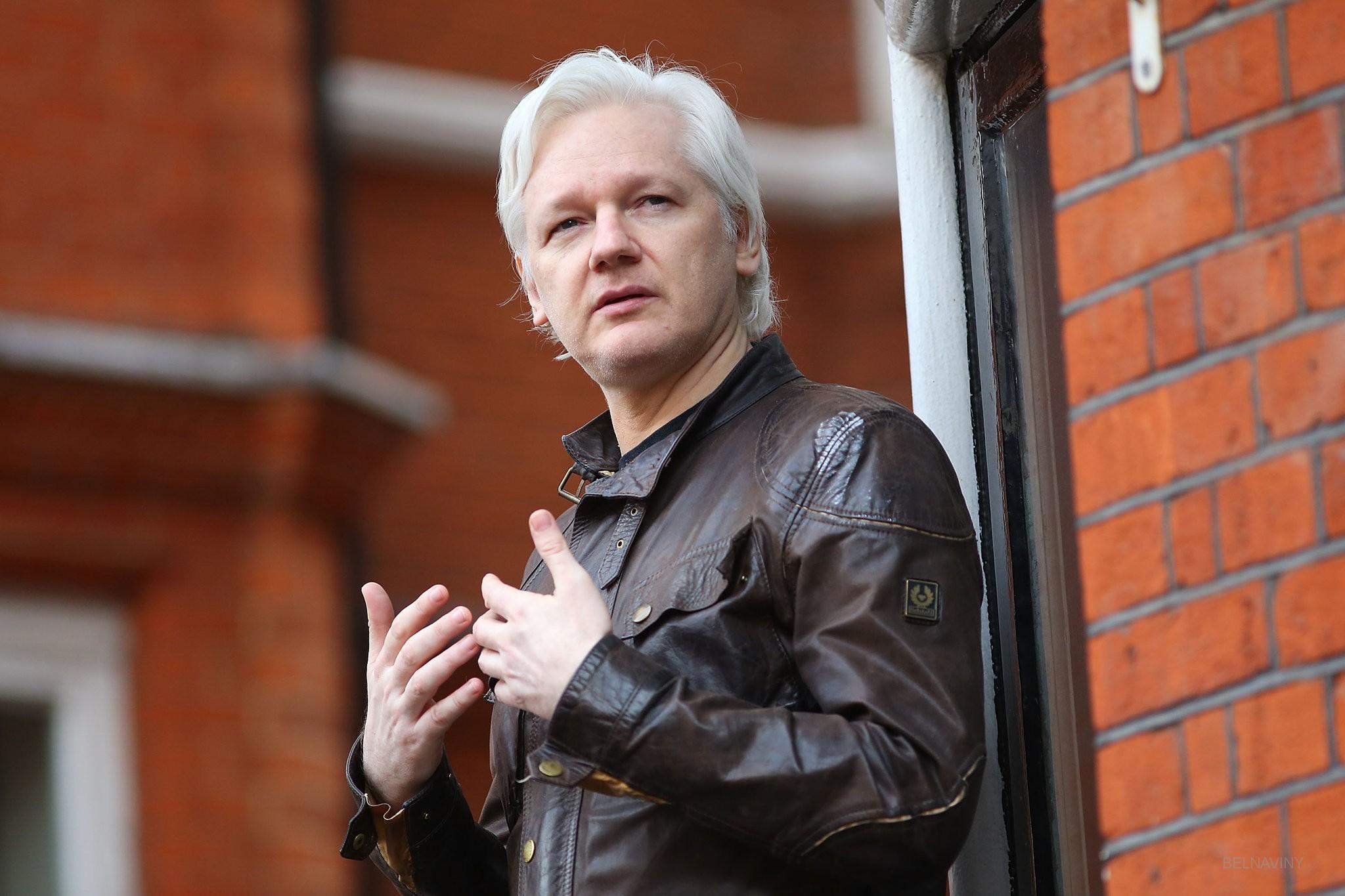 Суд в Лондоне приговорил Ассанжа к году тюрьмы