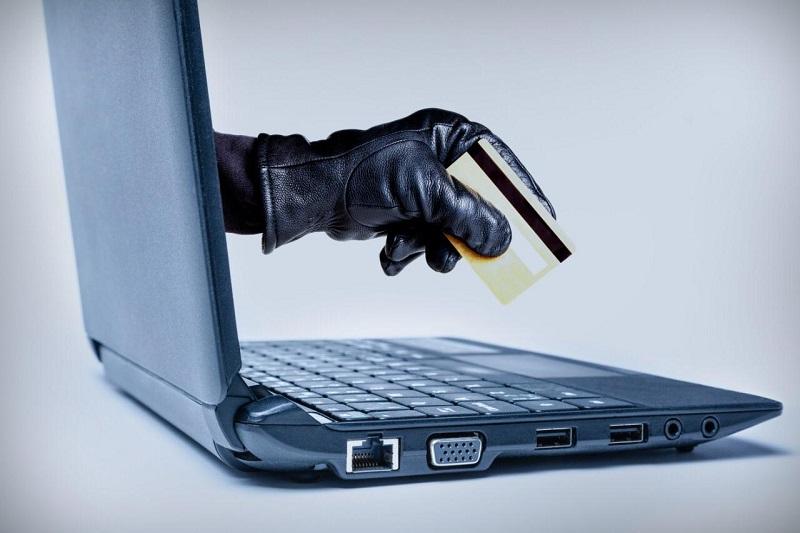 Банки и АФК заявляют о росте мошенничества с платежными картами