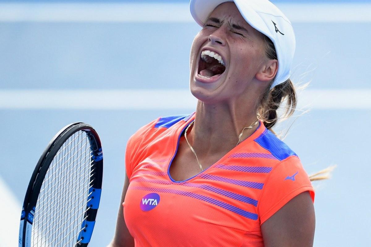 Юлия Путинцева пробилась в четвертьфинал теннисного турнира в Риме