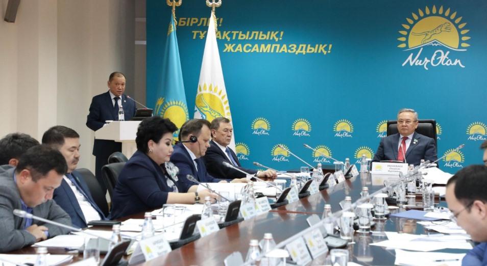 Совет по противодействию коррупции партии Nur Otan рекомендовал привлечь к ответственности ряд должностных лиц