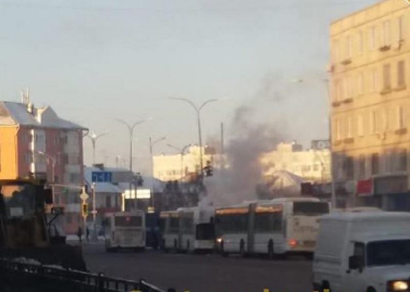 Астанада екі жолаушылар автобусынан өрт шықты