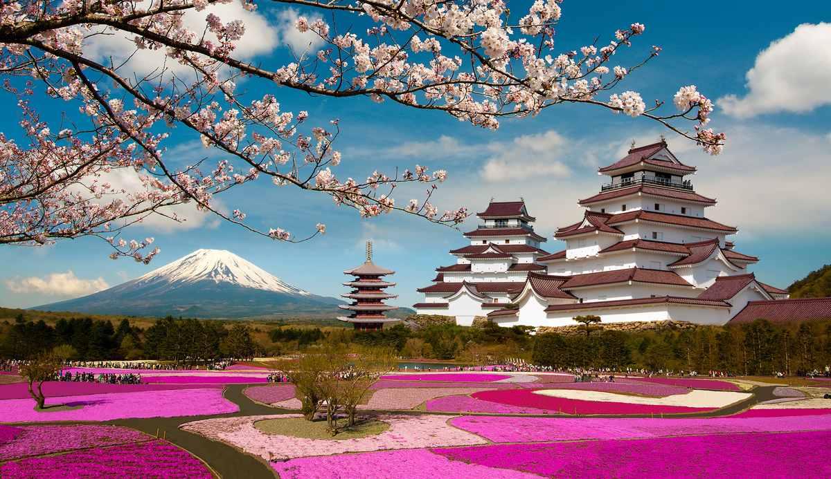Япония намерена взимать с туристов налог на выезд