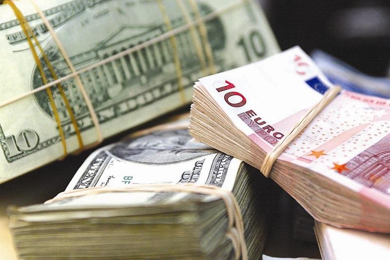 Депозиты в иностранной валюте в Казахстане занимают 45%