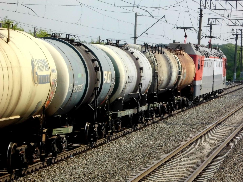 В Казахстан завозят все больше российского дизтоплива