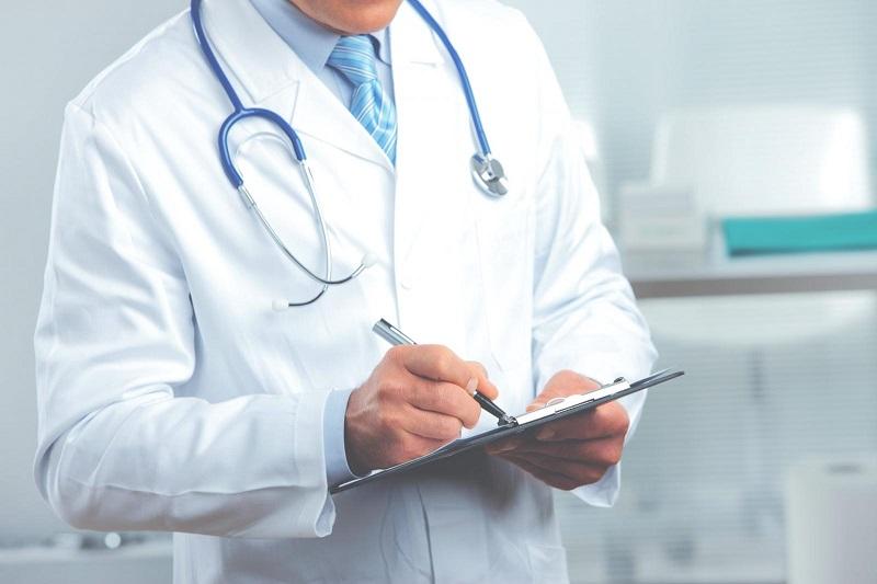 Сколько в Казахстане получают врачи