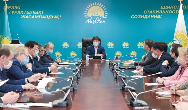 В Nur Otan назначили новых партийных кураторов