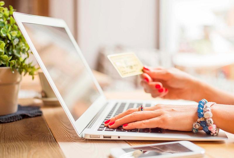 Компании онлайн-кредитования в РК обходят запреты на ставку в 100% годовых