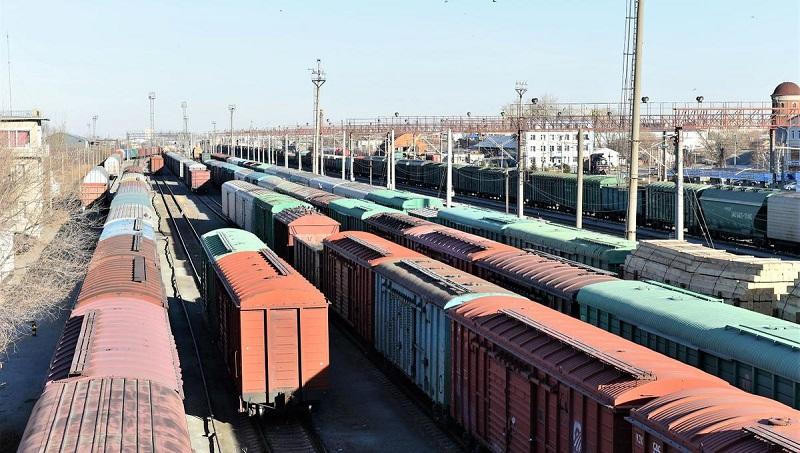 Ж/д Казахстана с 20 февраля снимают запрет на прием универсальных платформ и полувагонов
