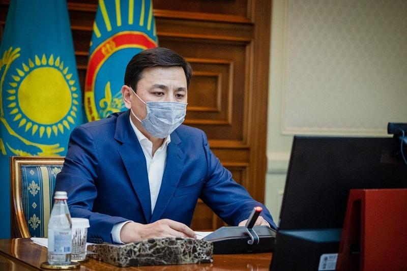 Алтай Кульгинов призвал казахстанцев не проводить семейные торжества