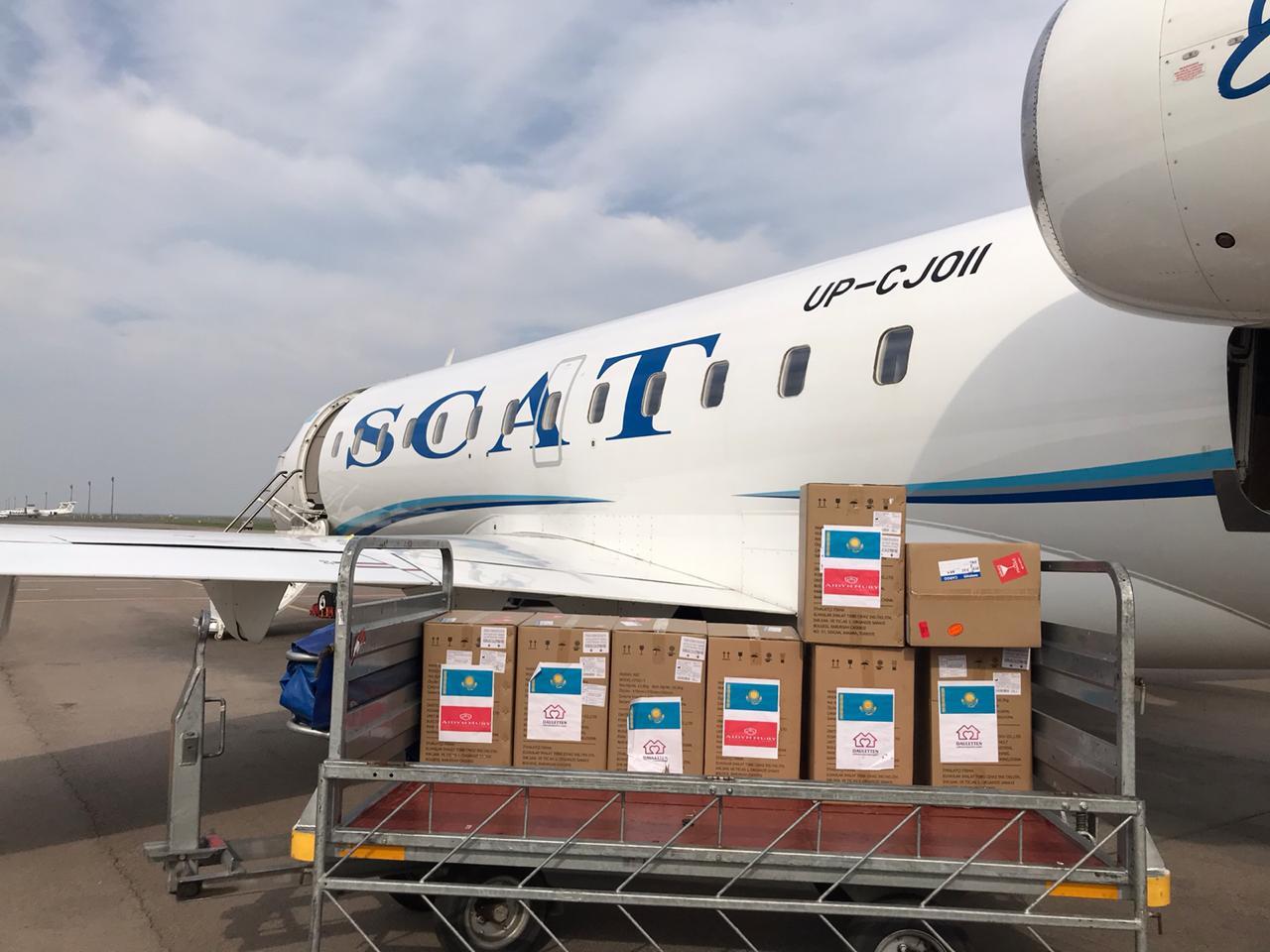 Казахстанская авиакомпания бесплатно доставила аппараты ИВЛ в регионы
