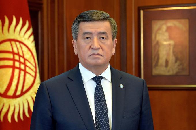 Президент Кыргызстана повторно ввел режим ЧП в Бишкеке