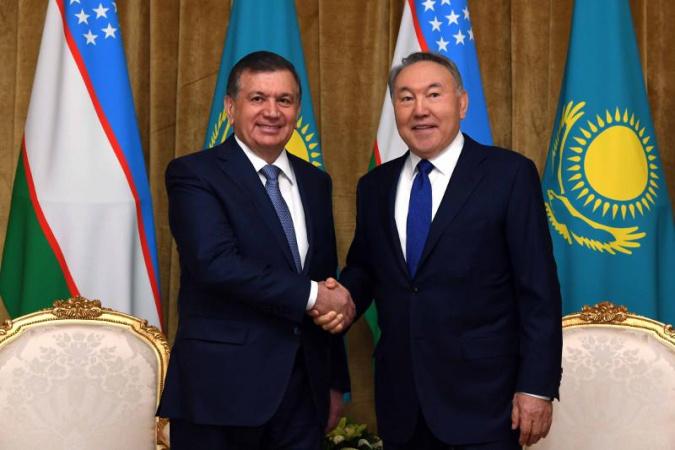 Нурсултан Назарбаев обсудил с Шавкатом Мирзиёевым график встреч и мероприятий
